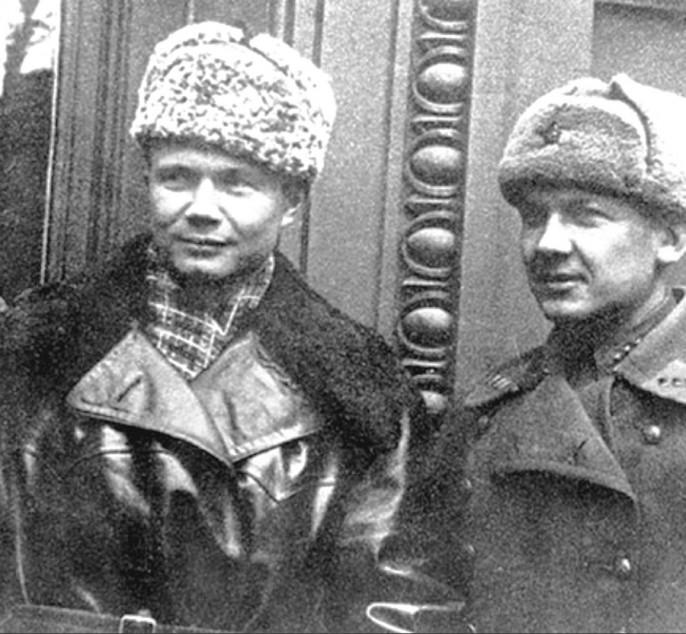 Гомосексуальные связи сталина с хрущевым