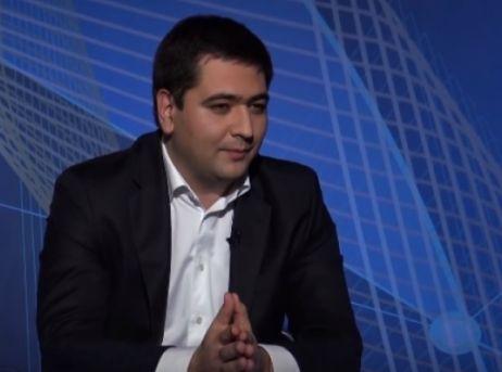 События: На работу в правительственные структуры РФ требуются таджикские гастарбайтеры. Срочно. Звонить министру Орешкину.