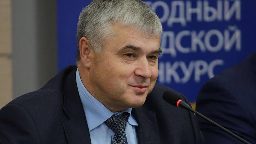 Временно исполняющим обязанности начальника московского управления ГИБДД стал полковник полиции Алексей Владимирович Диокин.