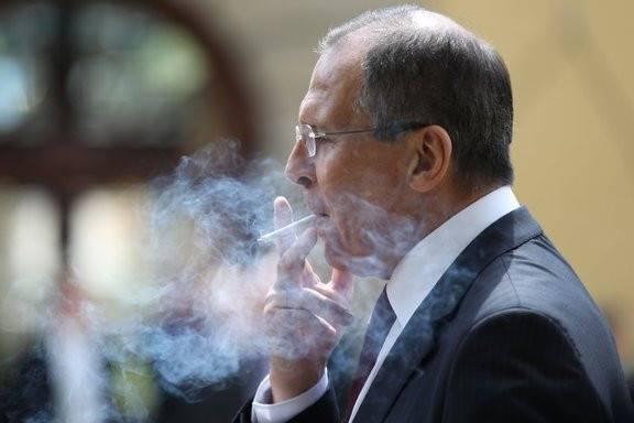 Большинство (включая относящихся к Сергею Лаврову безусловно уважительно) сходится на необходимости свежей крови во внешней политике