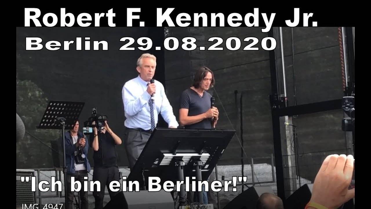 Начало антикарантинным протестам в Берлине положил 40-летний левый интеллектуал, видный видный представитель местной творческой богемы Ансельм Ленц.