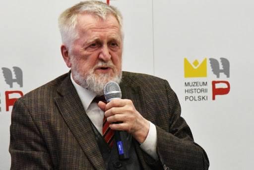 Шаблинский Илья Георгиевич – лауреат Премии МХГ за экспертную и научную деятельность в области прав человека.