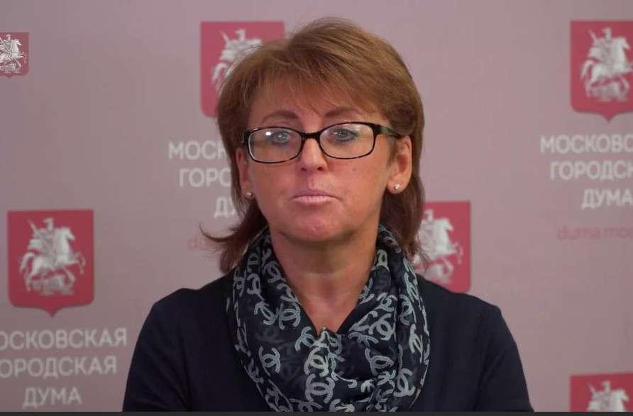 Вслед за этим московский мэр Сергей Собянин подписал указ № 32-УМ, который определяет порядок обязательной вакцинации: