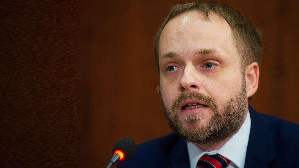 Все в курсе, что на прошлой неделе Чехия выслала 18 российских дипломатов. Их обвинили в работе на российские спецслужбы (СВР, ГРУ) и причастности к взрывам на складе боеприпасов во Врбетице в 2014 году.