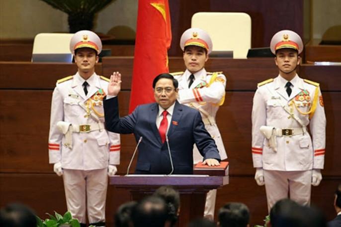 У руля стомиллионного Вьетнама становятся новые люди
