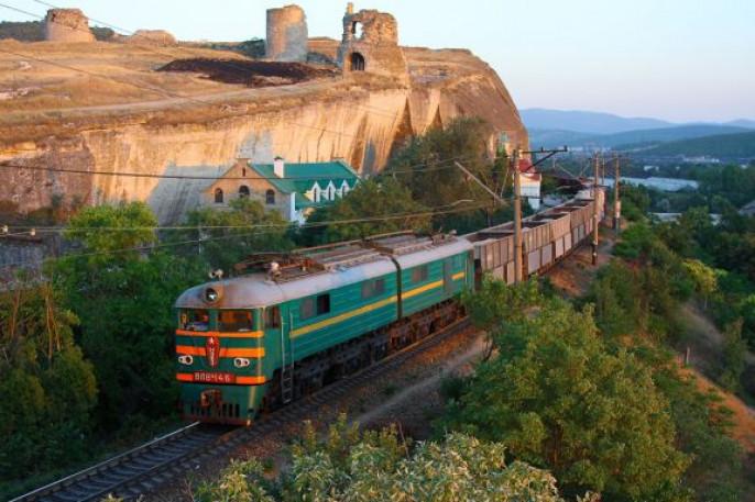 У В.Путина хотят реализовать железные дороги Крыма